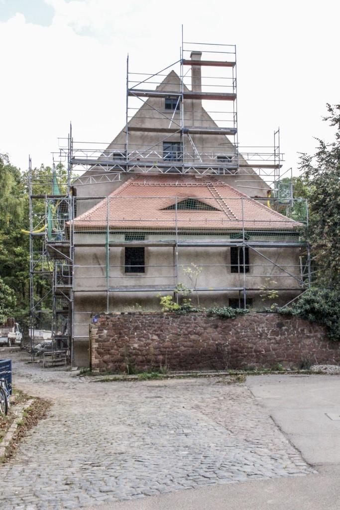 Westansicht während der Ausführung (2014).